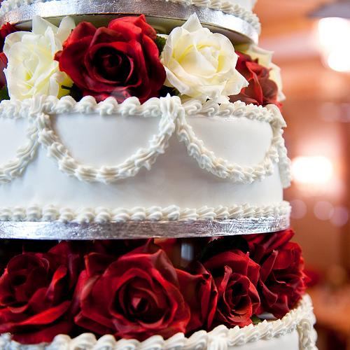 photo credit: wedding cake square via photopin (license)